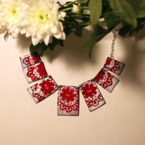 collier rosso e bianco pizzo by pigmentistore